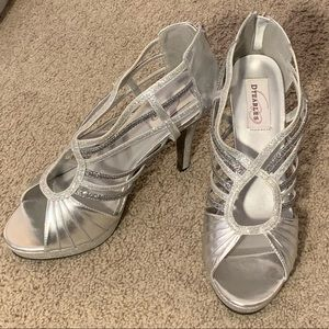 New! Two-toned silver sparkly heels! Sz- 10